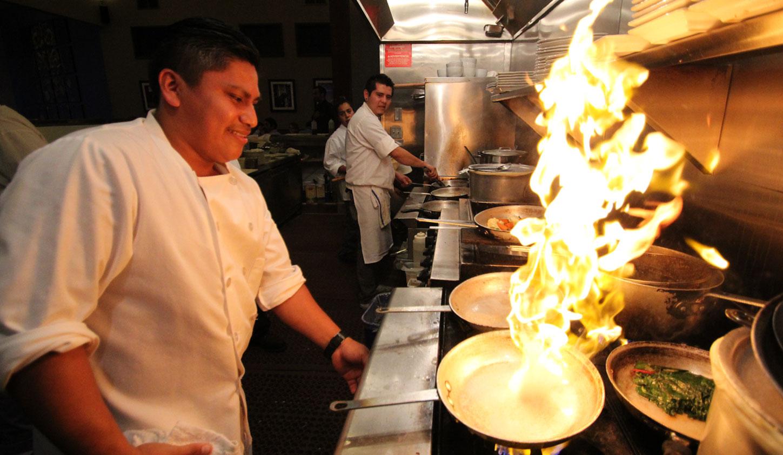 Afghan-mediterranean-cooking-at-Laili-Restaurant-Santa-Cruz1