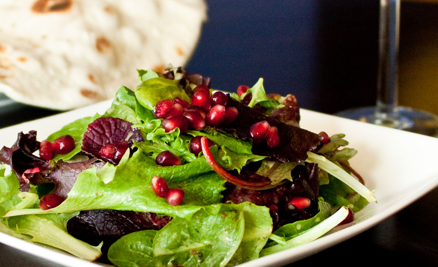 Mixed-Greens-with-Pomegranate-Seeds-vegetarian-food-Santa-Cruz1